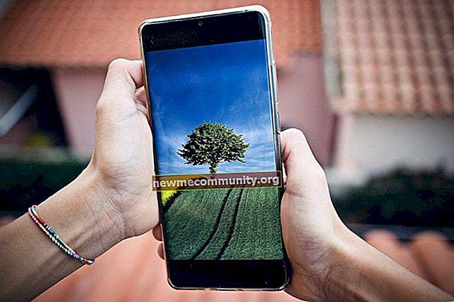 Bagaimana cara mengatur cuaca di layar ponsel Android?